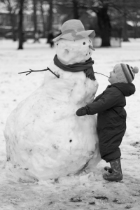 snowman_hug_bw_by_hashterix-d4os1g6